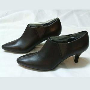Rockport/Adidas Adiprene Sz 6.5 Brown Ankle Bootie